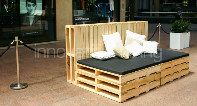 Crate Lounge With Black Cushions